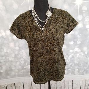 Liz Claiborne Animal Print Short Sleeve Top